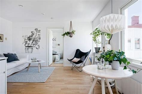 black white decorating ideas in scandinavian style to make small rooms look bright and large