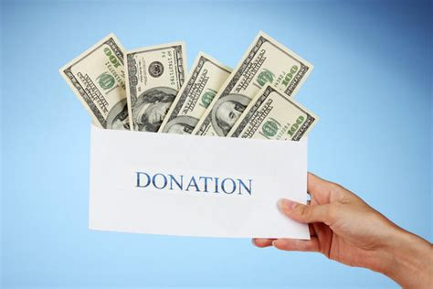 How To Donate A by Donating To Charity Tips Popsugar Smart Living