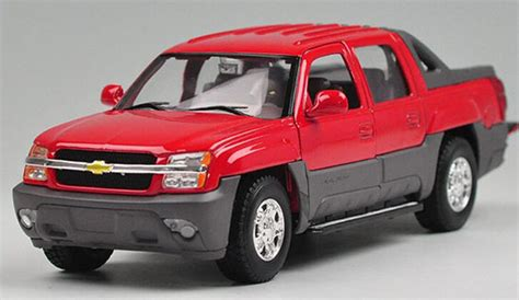Diecast Welly Chevrolet Avalanche diecast chevy truck models buy toys chevy