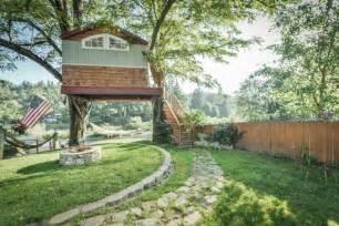 Two Story Tiny House baumhaus bauen 25 der coolsten ideen aus ganzer welt