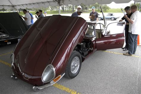 Set Kb Kemuning Sitabali Maroon that question about opalescent maroon paint color again e type jag forums