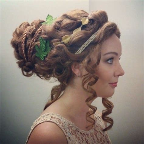 9 best ancient hairstyles images on pinterest hellenic updo with ringlets easy greek toga and