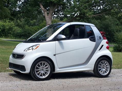 2013 smart car fortwo 2013 smart fortwo electric drive pictures photos gallery