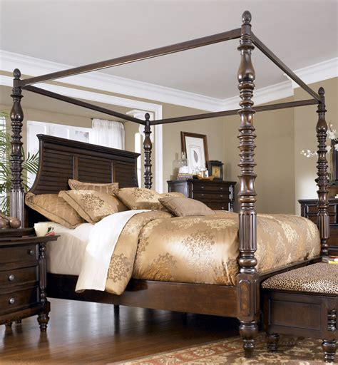 Canopy California King Bedroom Set Key Town California King Size Canopy Bed From Millennium