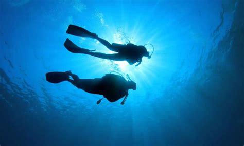 le de plongee la plong 233 e sous marine un sport une