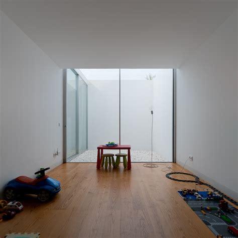 galeria de casa em leiria aires mateus 10