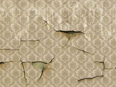tappezzeria da muro riparare la carta da parati danneggiata