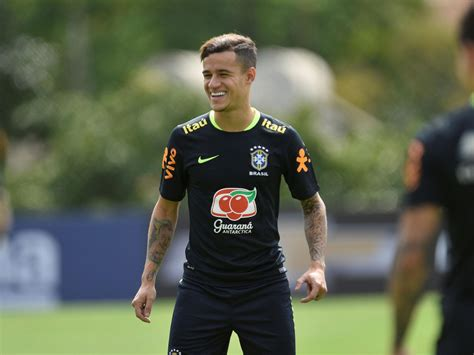 Philippe Coutinho Liverpool News Philippe Coutinho Pictured In Hospital As