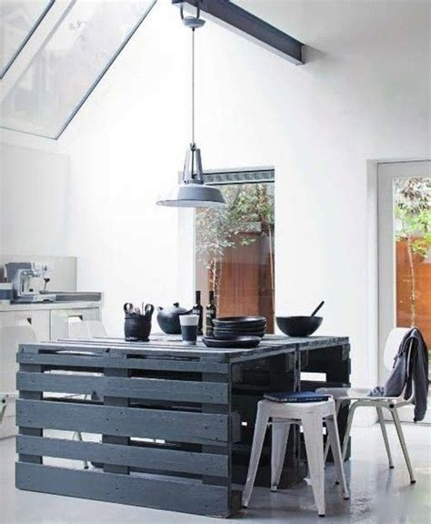 Kitchen Island Made From Pallets by 21 Diy Ideas For Pallets Use Messagenote