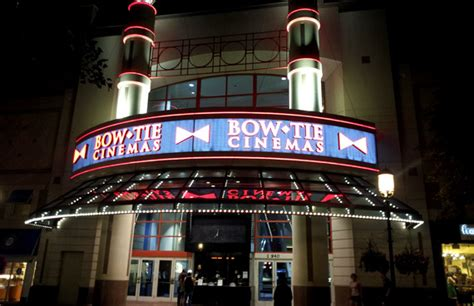 Bow Tie Cinema Gift Card - reston town center 11 btx theater bow tie cinemas