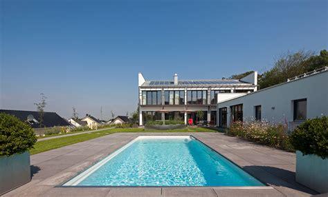 wie kann ich einen swimmingpool selber bauen planungswelten