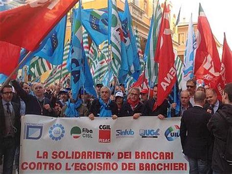 banche pinerolo la solidariet 192 dei bancari contro l egoismo dei banchieri