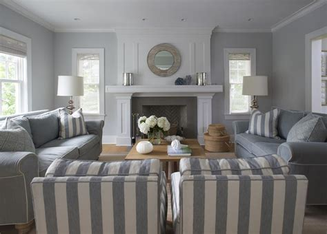 gray living room casual cottage best 25 casual family rooms ideas on pinterest beauty