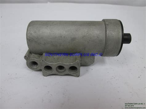 D2 D 2 Air Brake Compressor Governor (7) 3/8 27 Thread Female Ports Truck Bus   Southern Surplus