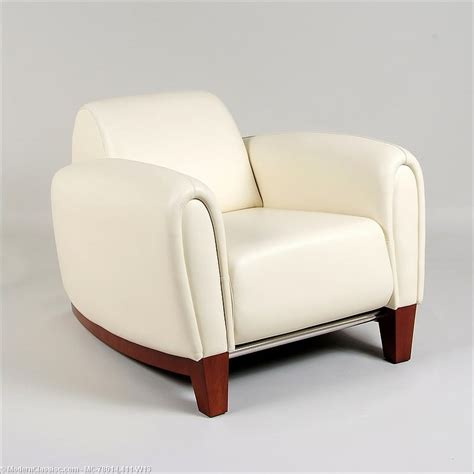 Leather Bistro Chairs Romero Bugatti Lounge Chair Bistro Creama Leather