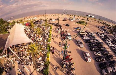 tenda lignano le migliori offerte giovani e i locali top al mare dell