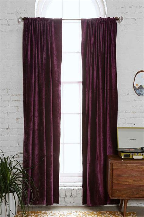 maroon curtains here s what no one tells you about maroon bedroom curtains
