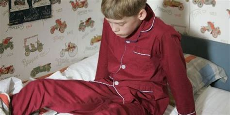 bed wetting at age 9 dealing with a bed wetting child magazines