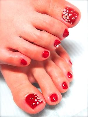 Gel Pedicure by Gel Pedicures Are They Worth It 187 Five Minutes To Fabulous