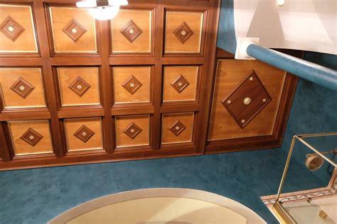 soffitti in legno decorati mattonelle in legno soffitti a cassettoni decorati legnoeoltre