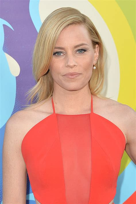 elizabetj banks elizabeth banks at mercy premiere in los angeles