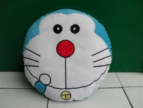 Bantal Doraemon Emoticon 1 boneka bantal doraemon ooppss dari mylullabyshop