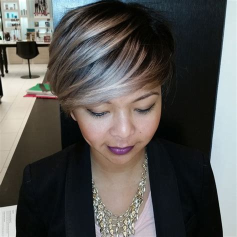 short hair cut and ash color streaks look grey 40 glamorous ash blonde and silver ombre hairstyles