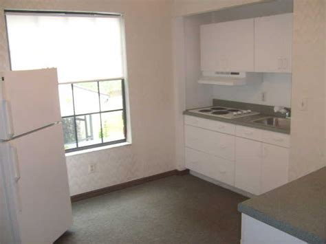 Efficiency Apartment Kendall 590 Efficiency Apartment For Rent Utilities Included