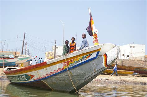 boat house st louis file fishing boat st louis senegal jpg wikimedia commons