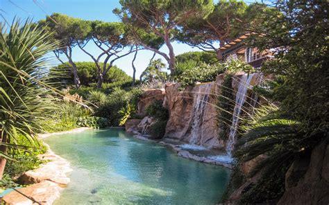 Aménagement Tour De Piscine by Cuisine Piscines Paysag 195 169 Es D Exception Bassins Cascades