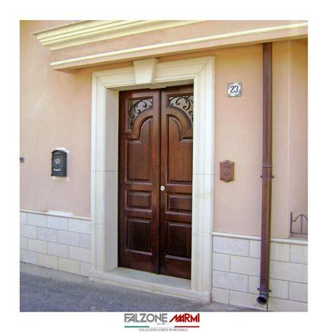 rivestimento porta ingresso portale d ingresso in pietra di comiso falzone marmi