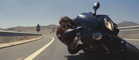 Tom Cruise on Bike close up   Cultjer