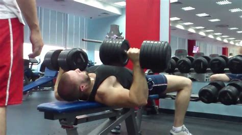 benching 100 pounds benching 45 kg 100 lb dumbbells x 10 reps youtube