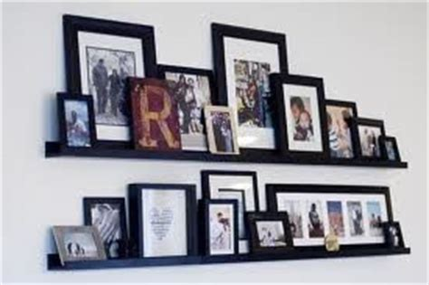 Etagere A Tableau by Picture Ledges Picture Shelves And Picture Rails