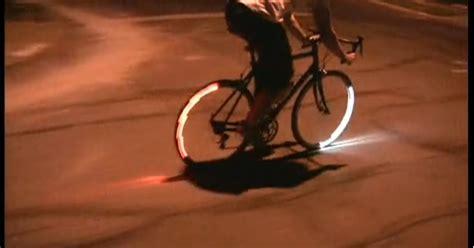 illuminazione bici revolights geniale illuminazione per le bici