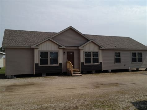 manufactured homes in michigan commodore grandville oakdale michigan modular mobile