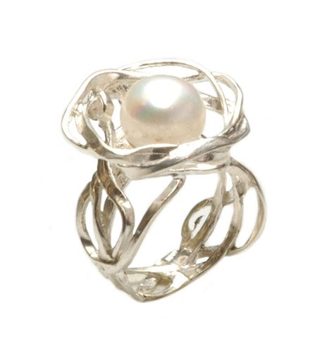 unique silver ring with pearl itr496