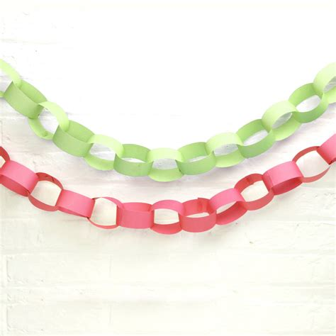 Paper Chains - paper chains by blossom