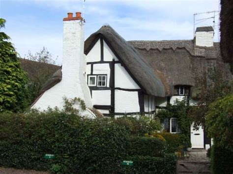 bluebell cottage shottery self catering holiday cottage