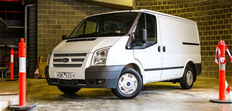 Ford Transit Reviews by Ford Transit Review Moving House Weekender Photos