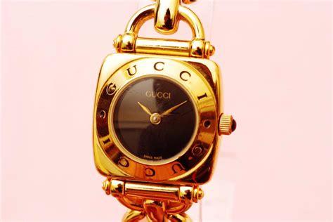 Gucci Gelang Gold Black 1 gucci 6400l gold black authentic luxury dress
