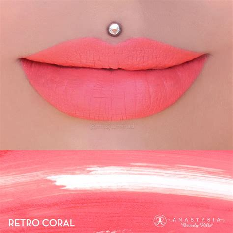 Rivera Lipstick 22 Coral liquid lipstick in the shade retro coral liquid lipstick