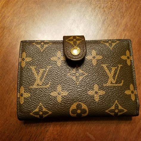 Lv Leslie louis vuitton vintage lv wallet with mirror from leslie s closet on poshmark