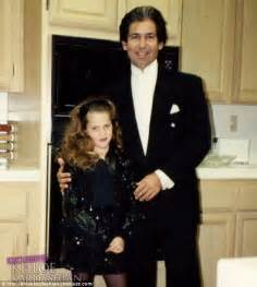 khloe kardashian and her real father now khloe kardashian faces wild claims o j simpson is her