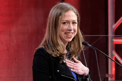 chelsea clinton chelsea clinton attends art gallery s hot new show page six
