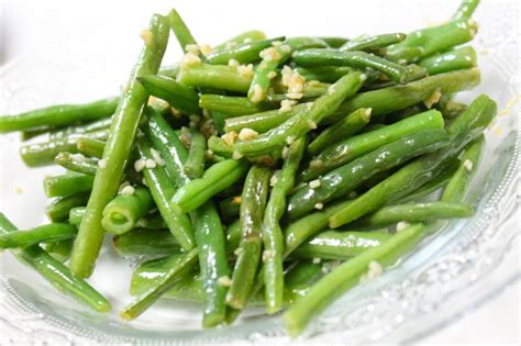 Fashioned Side Garlicky Green Beans by Garlicy Green Beans Earn Eat Save Stretch