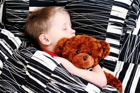 bambino 6 anni pipi a letto pip 236 a letto dopo 6 anni cause e consigli tutto mamma