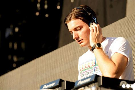 alesso jersey alesso talks new album by the wavs