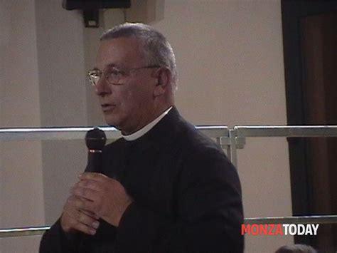 camillo casati roncello il parroco don camillo casati dona 5 000