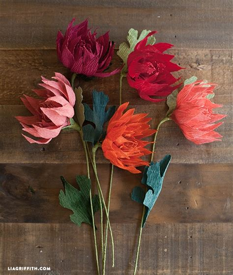How To Make Paper Mums - crepe paper mums how to make paper flowers for fall